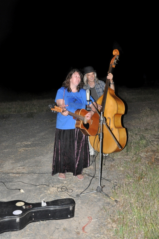 Image: Ally Harper and Dave Reid 2012 Performing during the Meal